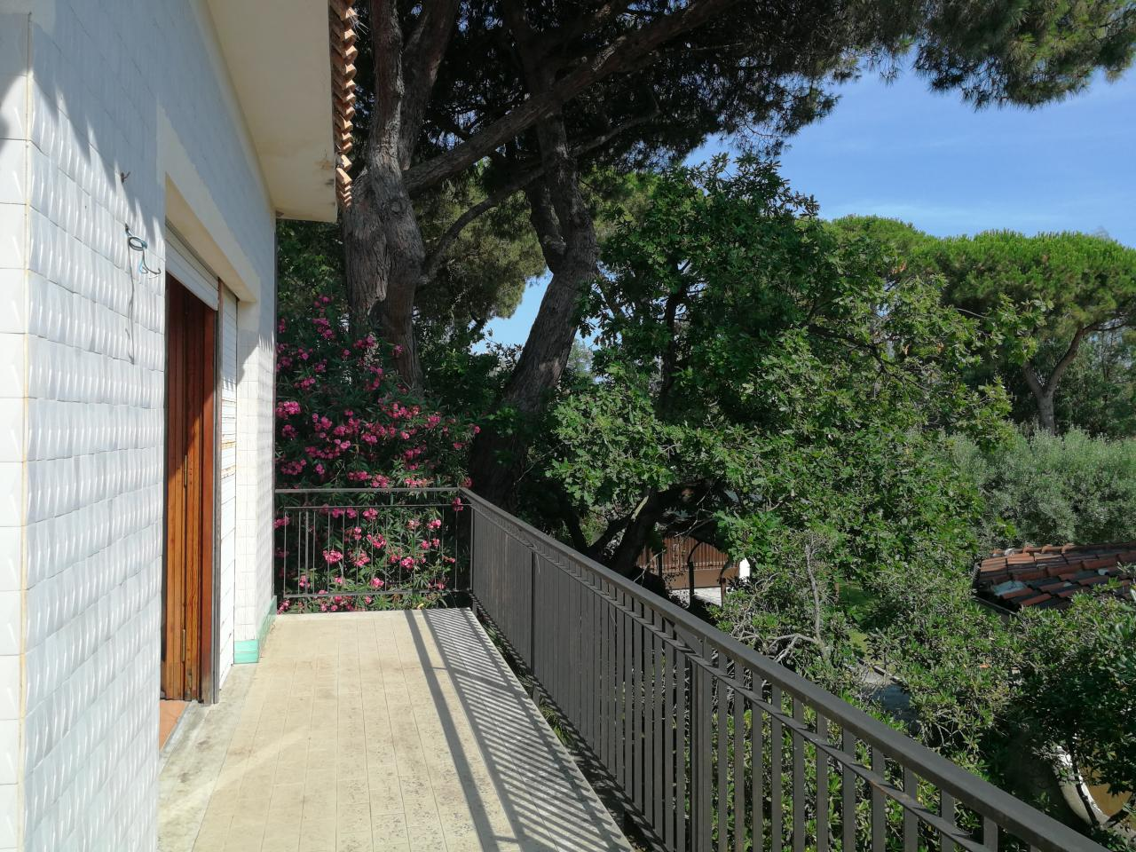 Villa Rio Claro 100 mt.dal mare