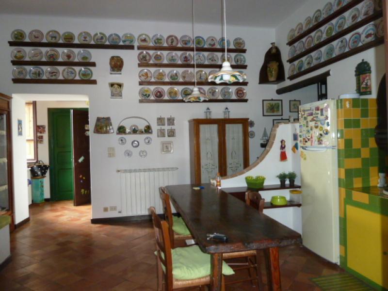 Vendita appartamento in casale storico