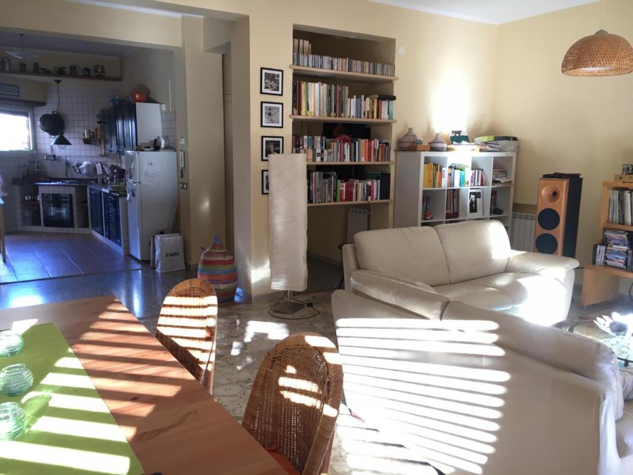 Appartamento con giardino e posto auto